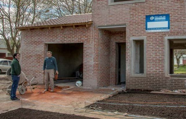 Conoc los detalles de las casas del procrear en yerba for Procrear sorteo 2016