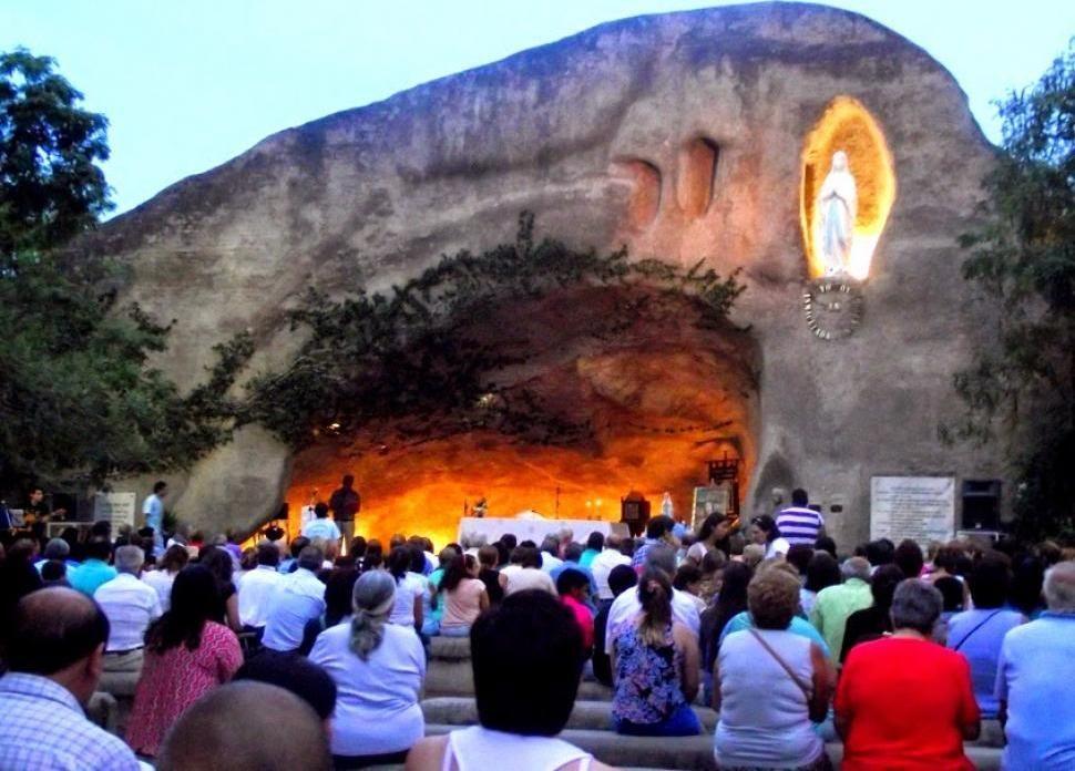 Dia De La Virgen De Lourdes: Hoy Comienza La Novena En Honor A La Virgen De Lourdes