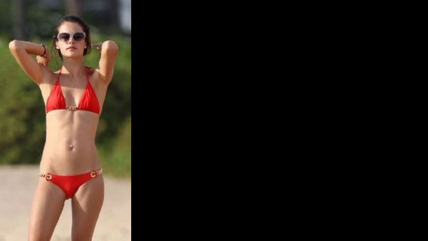 Alessandra Ambrosio in fraganti