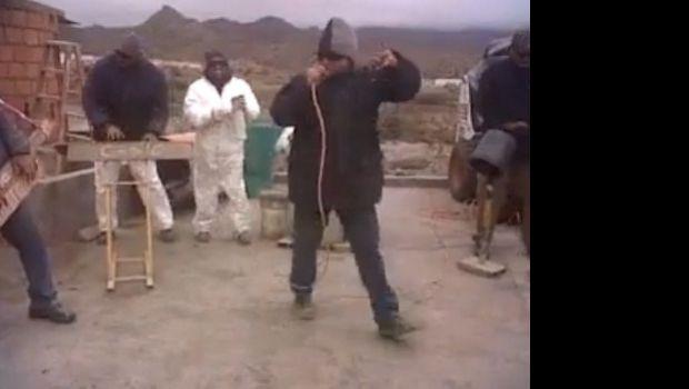 "Albañiles bailan ""Nene Malo"" en Tafí del Valle"