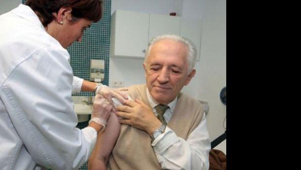 Inició la campaña de vacunación antigripal