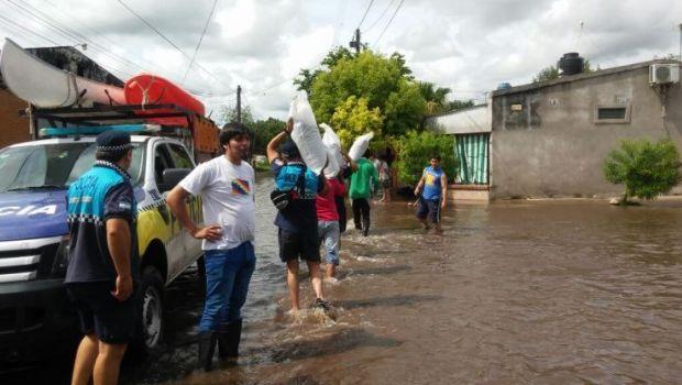 Por las lluvias, instalan una base operativa en Villa Quinteros