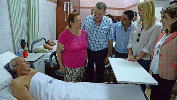 Jaldo entregó equipos al hospital de Los Ralos