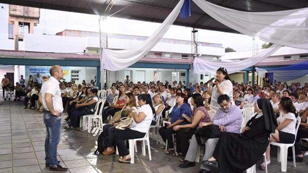 Lichtmajer realizó una charla abierta con más de 1000 docentes
