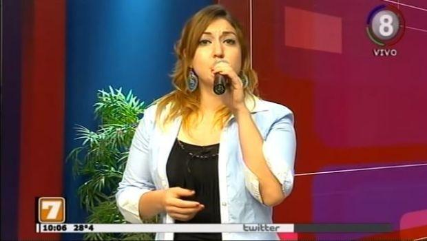 Canta en #Alas7, Romina Barros