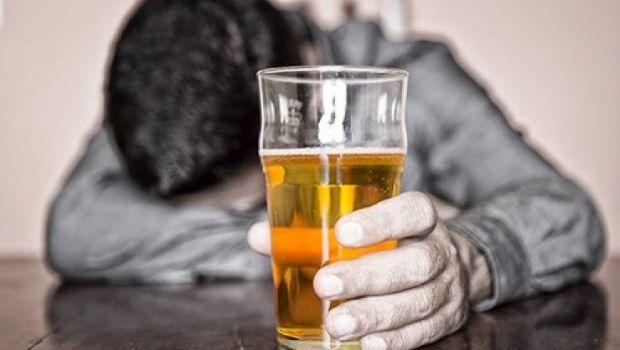 Estas son las consecuencias del alcohol sobre nuestro aspecto físico