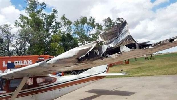 Marcos Di Palma chocó con su avión, salió ileso