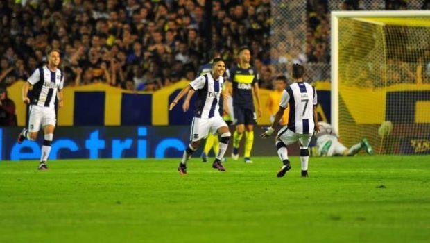 El Xeneize cayó 2 a 1 como local contra Talleres