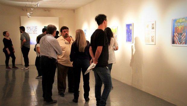 El Timoteo Navarro se viste con la exposición de 45 artistas