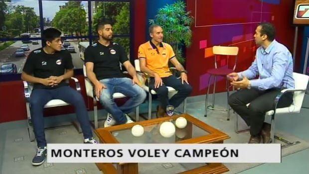 El plantel ganador de Monteros Voley pasó por A LAS 7