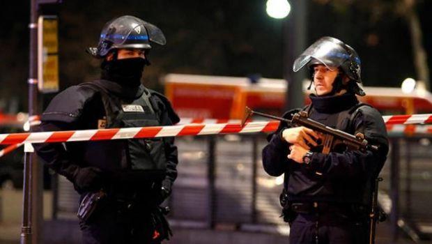 Tiroteo en París deja saldo de un policía muerto