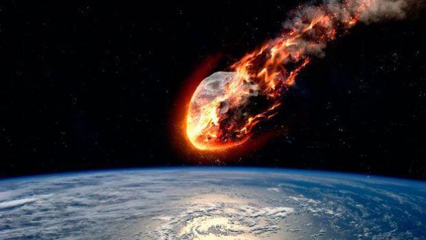 Un enorme asteroide se dirige a toda velocidad hacia la Tierra