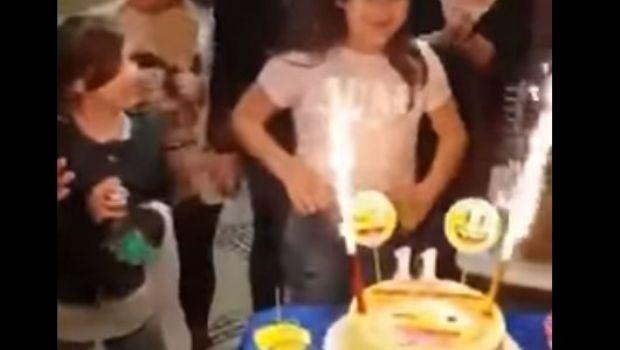 Soplaba las velas de su cumple y acabó convertida en una bola de fuego
