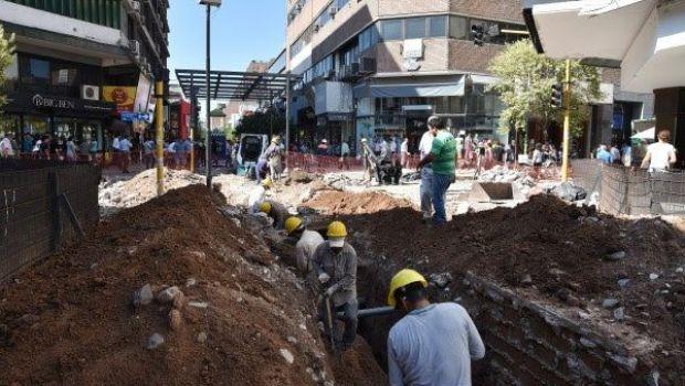 Así está la peatonal en Muñecas y San Martín