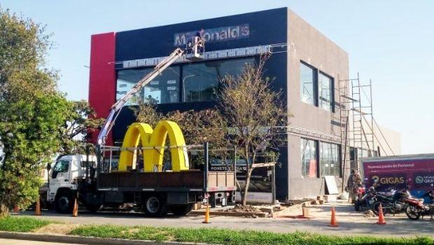 Abre el nuevo McDonald's, con el primer AUTOMAC de Tucumán