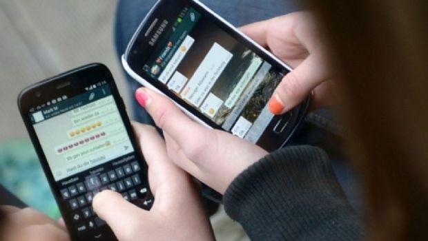 La lista de teléfonos en los que WhatsApp dejará de funcionar a fin de año