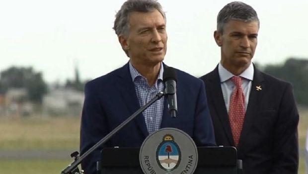 """El Presidente aseguró que impulsará la construcción de """"aviones para el mundo"""""""
