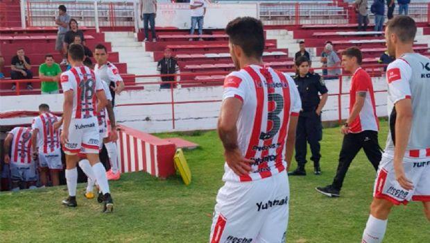 San Martín jugó mal y fue goleado por 3 a 0