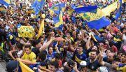Los jugadores de Boca llegaron a Tucumán en silencio pero respaldados