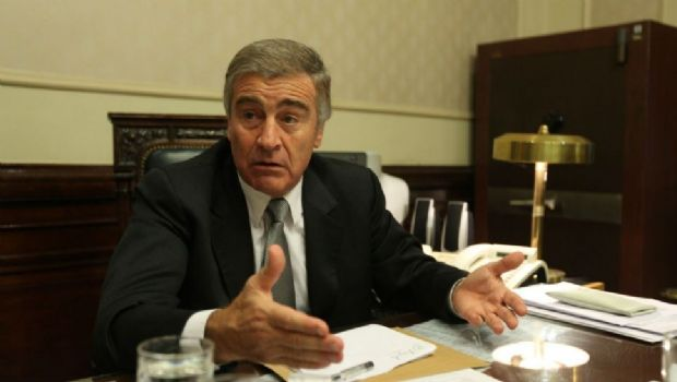 Oscar Aguad visita el Congreso para dar explicaciones sobre el submarino
