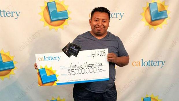El hombre con más suerte del mundo: ganó 4 veces el primer premio de la lotería