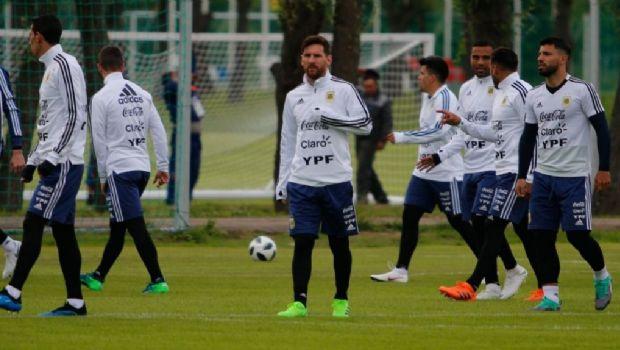 ¿Se verá el equipo para el debut? La Selección argentina entrenará a puertas abiertas