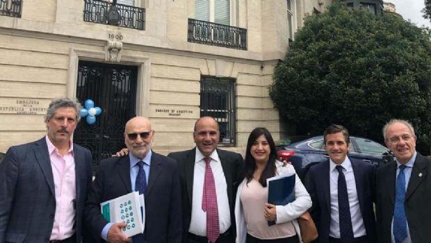 Manzur busca atraer a la industria farmacéutica en su viaje a Estados Unidos