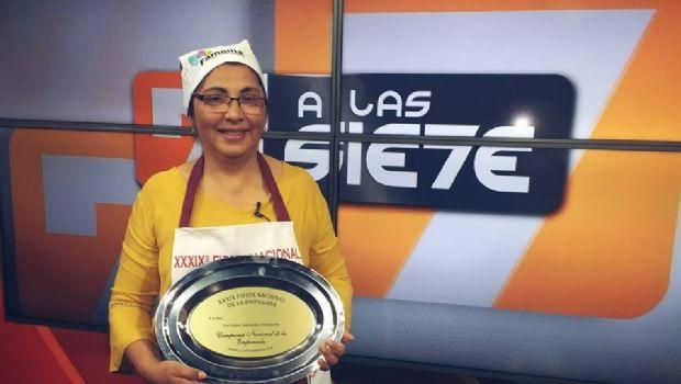 """Rosa Figueroa: """"El secreto de una buena empanada está en las manos"""""""