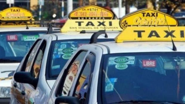La bajada de bandera en los taxis costaría $21