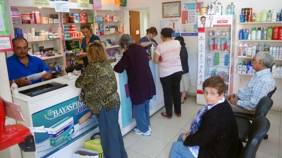 Resultado de imagen para emilio alves colegio farmaceuticos tucuman