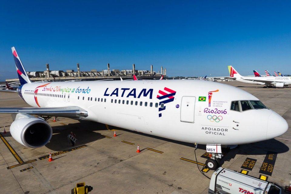 Dos vuelos hacia Tucumán fueron cancelados por una asamblea de trabajadores