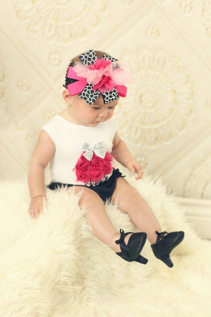 Zapatos de taco alto para bebés causan furor y polémica - Tucumán a ... 291f3dacc45b8