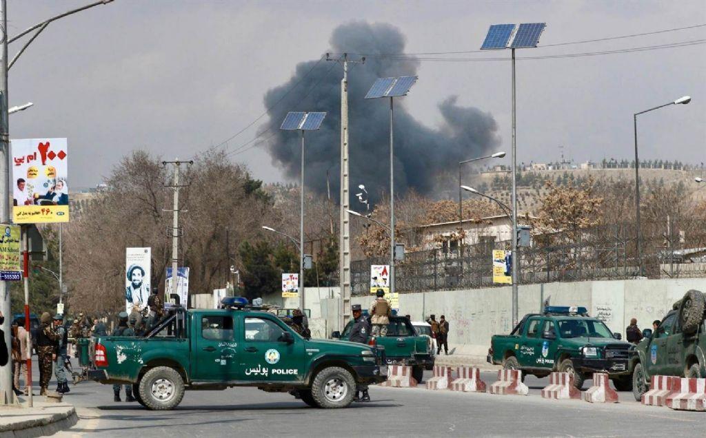 Explosión en zona diplomática de Kabul deja muertos, heridos