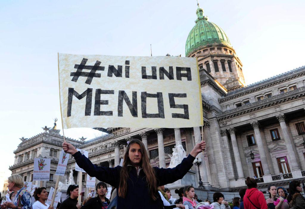 #NiUnaMenos: ya marchan miles de personas por Ciudad