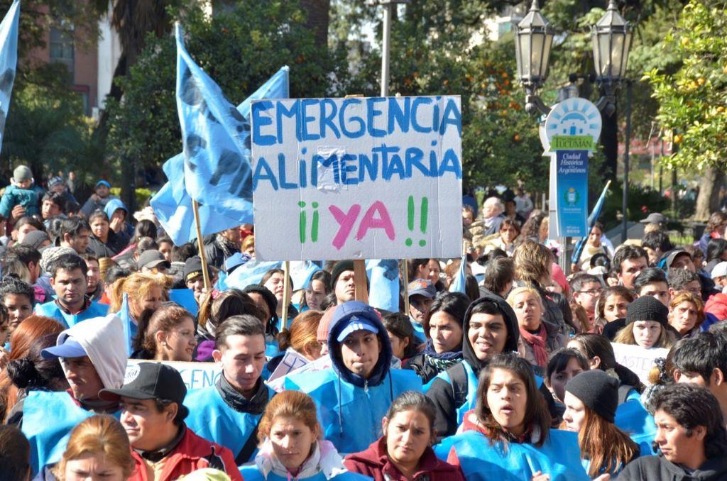 Organizaciones sociales se movilizaron para pedir el cumplimiento de la emergencia social