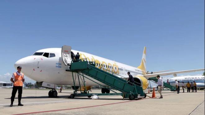 La aerolínea ahora dejó a los pasajeros en Bariloche — Otra vez Flybondi