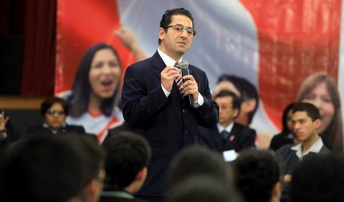 Destituido ministro de Justicia de Perú por escándalo de audios