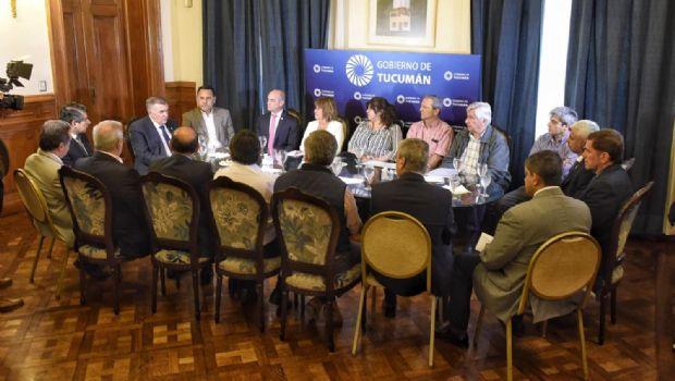 La Provincia analiza el pedido de bono del fin de año