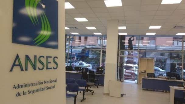 Las oficinas de Anses en Tucumán seguirán sin atender al público ...